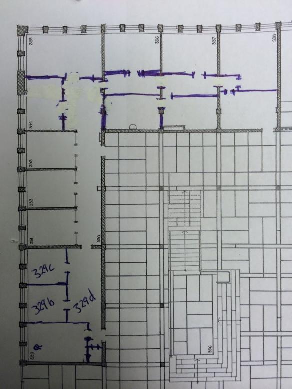 Del av plan från bottenvåningen där planlösningen förändrats utifrån originalritningarna. Ändringarna är inte exakt inmätta, utan uppskattade. Foto: Jennie Björklund © Norrbottens museum