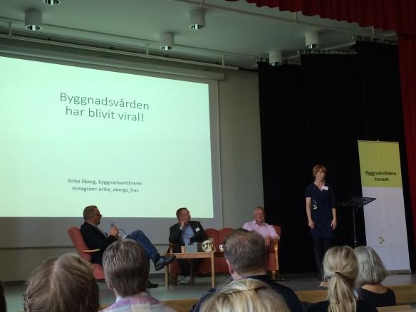 Byggnadsantikvarie Erika Åberg spanar på framtiden för byggnadsvården. Foto: Jennie Björklund © Norrbottens museum.