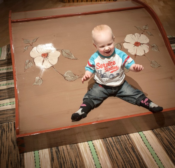 Norrbottens museums utställning Kan Själv. Barnets namn: Alice Rönnbäck